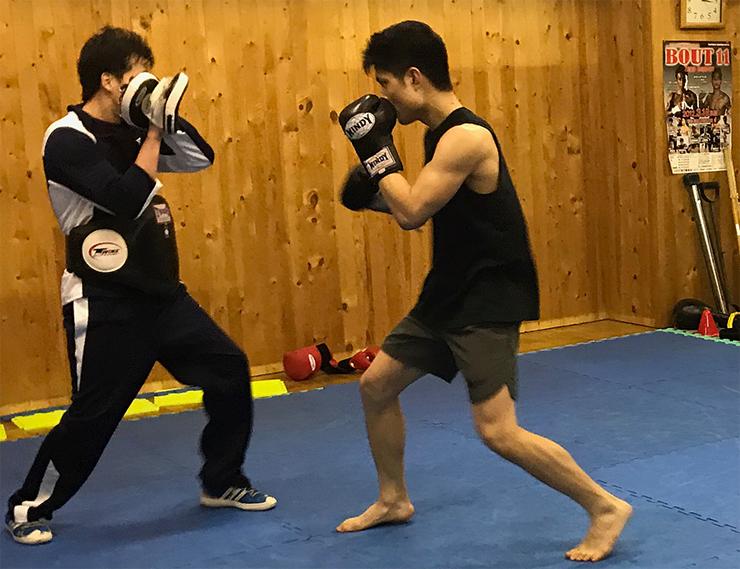 札幌市中央区のキックボクシングクラス風景